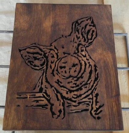 piggie woodcarving